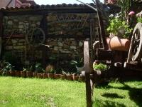 Каручка в тревата, Семеен Хотел М&С Буров Панагюрище